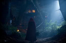 photo 49/70 - Amanda Seyfried - Le Chaperon Rouge - © Warner Bros
