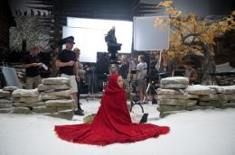 photo 43/70 - Amanda Seyfried - Le Chaperon Rouge - © Warner Bros
