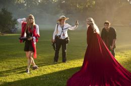 photo 4/70 - Catherine Hardwicke, Amanda Seyfried, Shiloh Fernandez - Le Chaperon Rouge - © Warner Bros