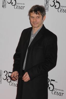 Lucas Belvaux Tapis rouge des César 2010 photo 10 sur 22