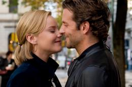 photo 4/20 - Abbie Cornish, Bradley Cooper - Limitless - © Gaumont Distribution