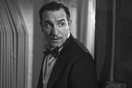 photo 16/126 - Jean Dujardin - The Artist - © Warner Bros