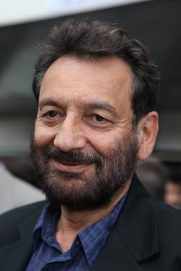 Shekhar Kapur Cannes, le 12 mai 2010 photo 3 sur 7
