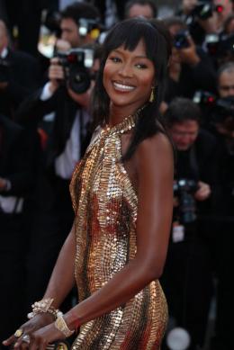 Naomi Campbell Cannes, le 17 mai 2010 photo 10 sur 13