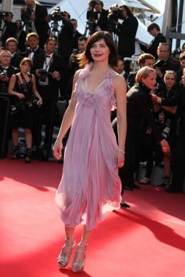 Delphine Chaneac Cannes, le 17 mai 2010 photo 10 sur 17