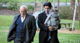 photo 3/12 - Niels Arestrup, Tahar Rahim - A perdre la raison - © Les Films du Losange
