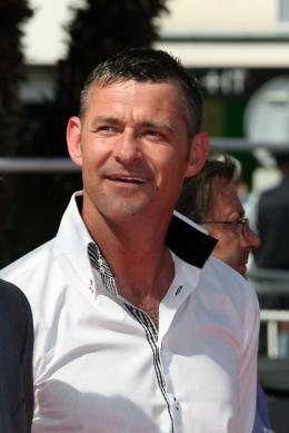 Mark Womack Montée des maches Route Irish - Cannes, le 20 mai 2010 photo 4 sur 14