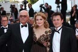 Nikita Mikhalkov Montee des marches Soleil Trompeur 2 - Cannes, le 22 mai 2010 photo 2 sur 17