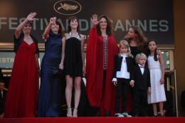 Julie Bertuccelli Montee des marches de la ceremonie de cloture - Cannes, le 23 mai 2010 photo 2 sur 6