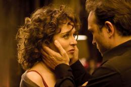 photo 1/15 - Valeria Golino, Vincent Perez - Un baiser papillon - © Jean-Marie Marion - EuropaCorp Distribution