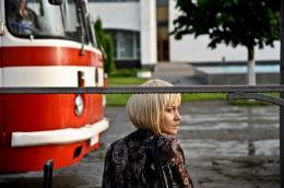 photo 1/9 - Olga Kurylenko - La Terre outragée - © Le pacte