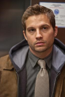 photo 6/36 - Logan Marshall-Green - Devil - © Universal Pictures International France