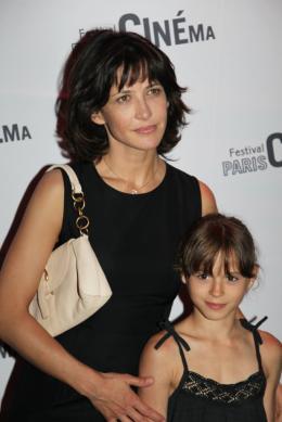 Juliette Chappey Avant-Première de L'âge de Raison (Paris cinéma 2010) photo 10 sur 17