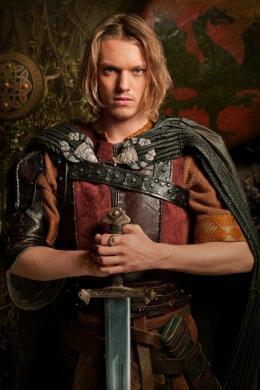 Camelot Jamie Campbell Bower photo 6 sur 61
