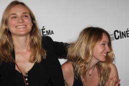 photo 26/39 - Diane Kruger et Ludivine Sagnier - Avant-Première de Pieds nus sur les limaces - Paris Cinéma 2010 - Pieds Nus Sur Les Limaces - © Isabelle Vautier - Commeaucinema.Com 2010