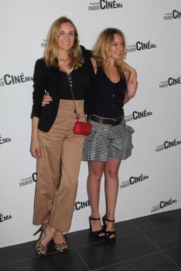 photo 35/39 - Diane Kruger et Ludivine Sagnier - Avant-Première de Pieds nus sur les limaces - Paris Cinéma 2010 - Pieds Nus Sur Les Limaces - © Isabelle Vautier - Commeaucinema.Com 2010