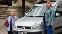 photo 8/13 - Mimie Mathy, Mich�le Bernier - Trois Filles en cavale - © TF1
