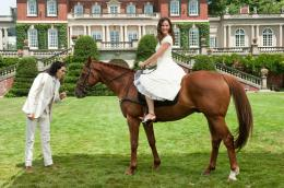 photo 7/37 - Jennifer Garner, Russell Brand - Arthur, un amour de milliardaire - © Warner Bros