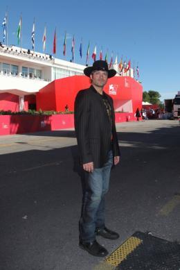 photo 51/79 - Robert Rodriguez - Pr�sentation du film Machete - Mercredi 1er Septembre 2010 - Machete - © Isabelle Vautier pour Commeaucinema.com