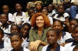 photo 32/66 - Claudine Andr� - Bonobos - © SND