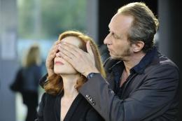 photo 12/33 - Isabelle Huppert, Benoit Poelvoorde - Mon pire cauchemar - © Jérome Presbois pour Pathé Distribution