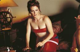 photo 1/12 - Julianne Moore - Boogie Nights - © Metropolitan Film Export