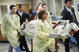 photo 8/8 - Chandra Wilson - Grey's Anatomy - saison 6 - © ABC Studios