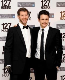 photo 42/59 - Aron Ralston et James Franco - Pr�sentation du film 127 Heures au London Film Festival 2010 - 127 Heures - © Samir Hussein