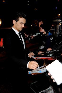 photo 44/59 - James Franco - Pr�sentation du film 127 Heures au London Film Festival 2010 - 127 Heures - © Samir Hussein