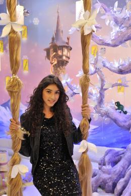 photo 72/111 - Sara - Avant-première Raiponce - 6 Novembre 2010 - Raiponce - © Walt Disney Studios Motion Pictures France
