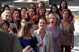 photo 17/20 - Anne Girouard, Sophie Mounicot, Armelle Deutsch - La Grève des femmes - © TF1