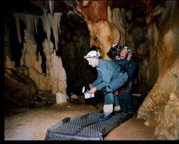 photo 12/13 - Werner Herzog - La grotte des rêves perdus - © Metropolitan Film