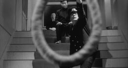 photo 2/5 - La Pendaison - © Oshima Productions - Carlotta Films