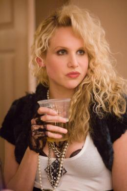 photo 4/38 - Lucy Punch - Une soir�e d'enfer - © Universal Pictures International France