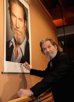 photo 70/81 - Jeff Bridges - Présentation du film True Grit au 61ème Festival international du film de Berlin 2011 - True Grit - © Paramount