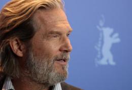 photo 54/81 - Jeff Bridges - Présentation du film True Grit au 61ème Festival international du film de Berlin 2011 - True Grit - © Paramount
