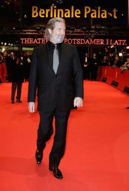 photo 73/81 - Jeff Bridges - Présentation du film True Grit au 61ème Festival international du film de Berlin 2011 - True Grit - © Paramount