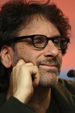 photo 59/81 - Joel Coen - Présentation du film True Grit au 61ème Festival international du film de Berlin 2011 - True Grit - © Paramount