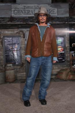 photo 23/42 - Johnny Depp - Avant-première du film Rango à Los Angeles - Février 2011 - Rango - © Paramount