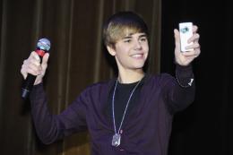 photo 48/67 - Justin Bieber - Avant-première parisienne du film Never Say Never - Justin Bieber : Never Say Never - © Paramount