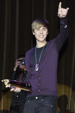 photo 45/67 - Justin Bieber - Avant-première parisienne du film Never Say Never - Justin Bieber : Never Say Never - © Paramount