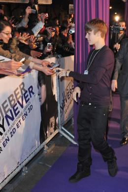 photo 36/67 - Justin Bieber - Avant-première parisienne du film Never Say Never - Justin Bieber : Never Say Never - © Paramount