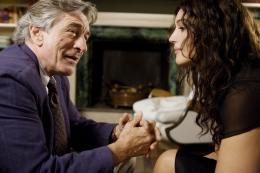 photo 10/19 - Monica Bellucci, Robert De Niro - L'amour a ses raisons... - © Bellissima Films