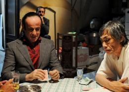 photo 5/11 - Toni Servillo, Hal Yamanouchi - Un Tigre parmi les singes - © Bellissima Films