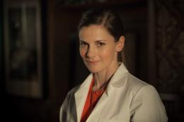 Louise Brealey Sherlock - Saison 3 photo 1 sur 5