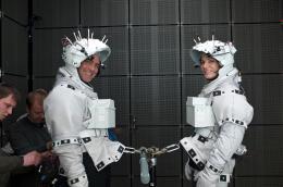 photo 26/65 - George Clooney et Sandra Bullock - Gravity - © Warner Bros