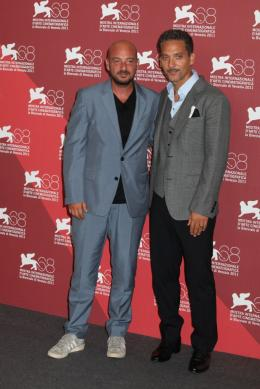 photo 18/33 - Emmanuele Crialese et Giuseppe Fiorello - Présentation du film Terra Ferma, Venise 2011 - Terraferma - © Isabelle Vautier pour Commeaucinema.com
