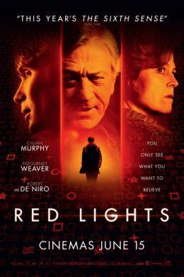 photo 15/16 - Red Lights - © Metropolitan Film
