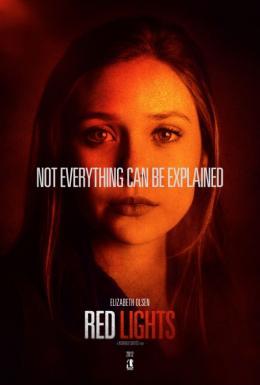photo 11/16 - Red Lights - © Metropolitan Film