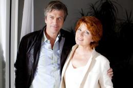 photo 19/24 - Philippe Caroit, Véronique Genest - Merci Patron ! - © TF1